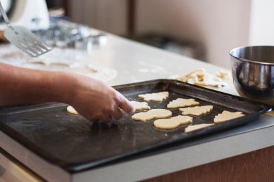 Making Christmas cookies traditions