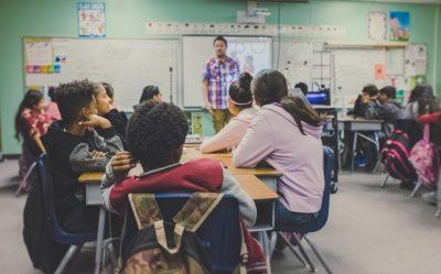 teaching a classroom-using effective praise