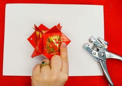 Step 14 of creating a red packet lantern