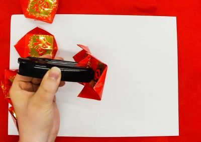 Step 7 of creating a red packet lantern
