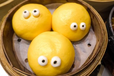 vomiting face custard buns in hong kong