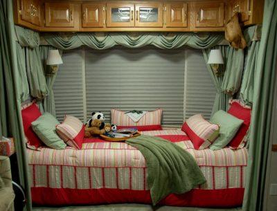5th wheel teen bedroom